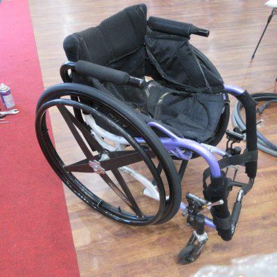 車いすも修理します