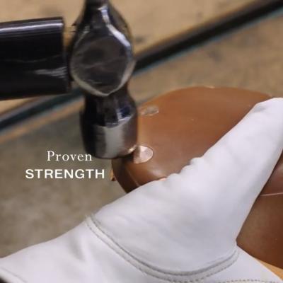 100年以上の歴史を持つ handmade saddleメーカー BROOKS